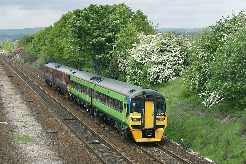 158797 and 158761, Mirfield 20/5/2005<br /> 1K10 1042 Manchester Piccadilly-Hull