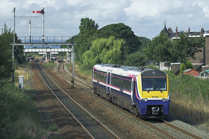 175010 Prestatyn 20/8/2005<br /> 1H47 0945 Llandudno-Manchester Piccadilly