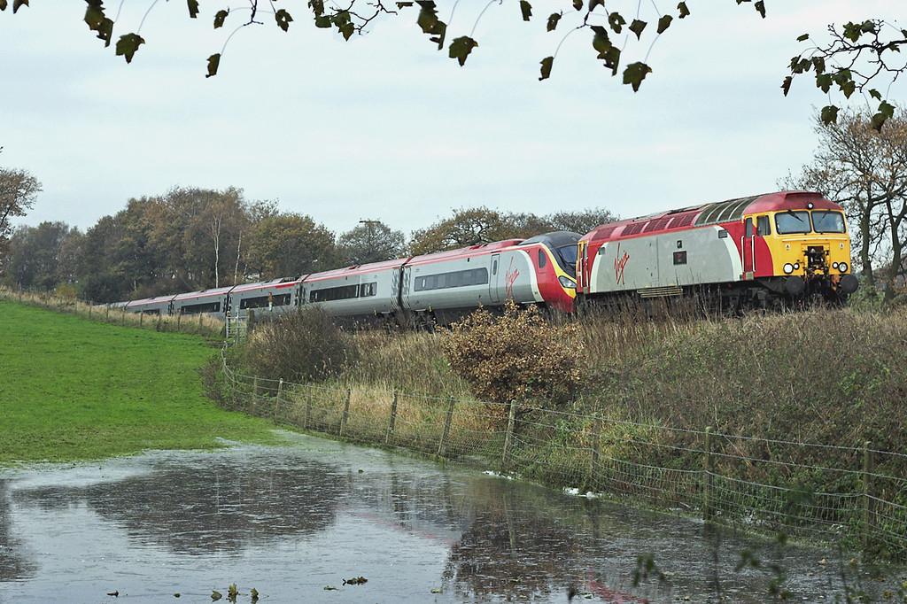 57316 and 390021, Heath Charnock 20/11/2005<br /> 1A64 1410 Preston-London Euston