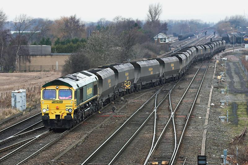 66560 South Milford 20/12/2005<br /> 6H68 0931 Immingham Dock-Ferrybridge PS