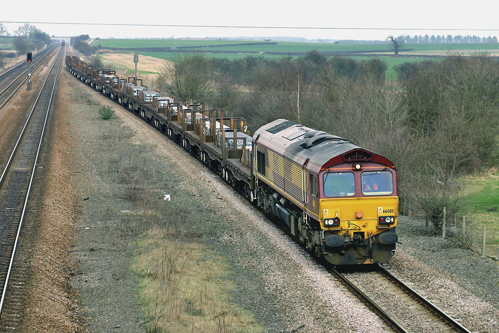 66085 Bolton Percy 21/3/2005<br /> 6V37 1141 Lackenby-Llanwern