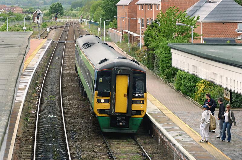 158796 Sleaford 21/5/2005<br /> 2E19 1145 Blythe Bridge-Skegness