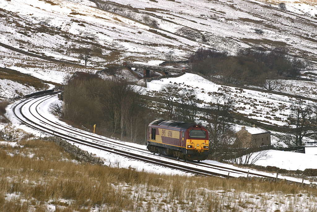 67016 Ais Gill 22/2/2005<br /> 0P53 1359 Carlisle-Warrington Arpley