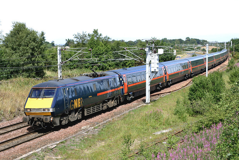 91104 Blindwells 22/7/2005<br /> 1S13 1100 London Kings Cross-Glasgow Central