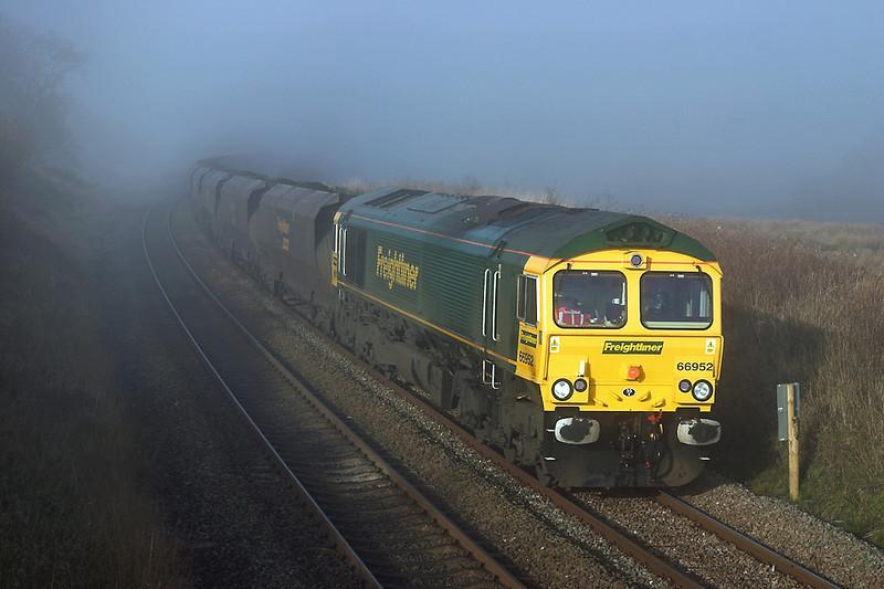 66952 Grisedale Crossing 22/11/2005<br /> 6E36 0608 Hunterston-Ferrybridge PS