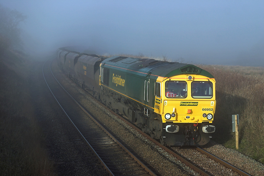66952 Grisedale Crossing 22/11/2005<br /> 6E36 0608 Hunterston-Ferrybridge PS