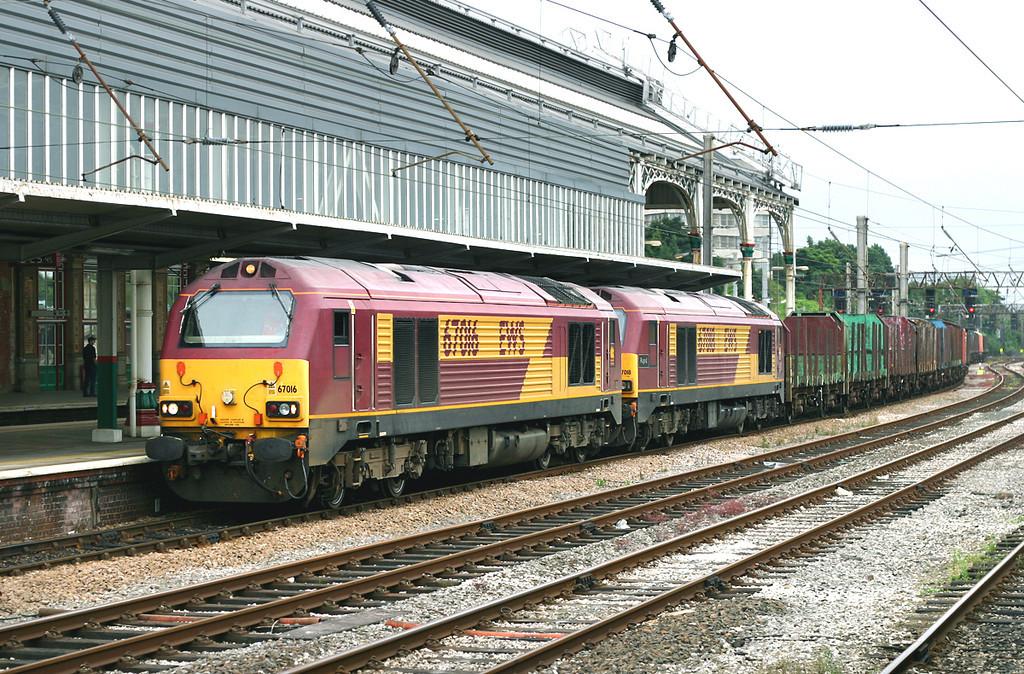 67016 and 67018, Preston 24/7/2005<br /> 4C73 1345 Crewe Sydney Bridge-Carlisle Yard