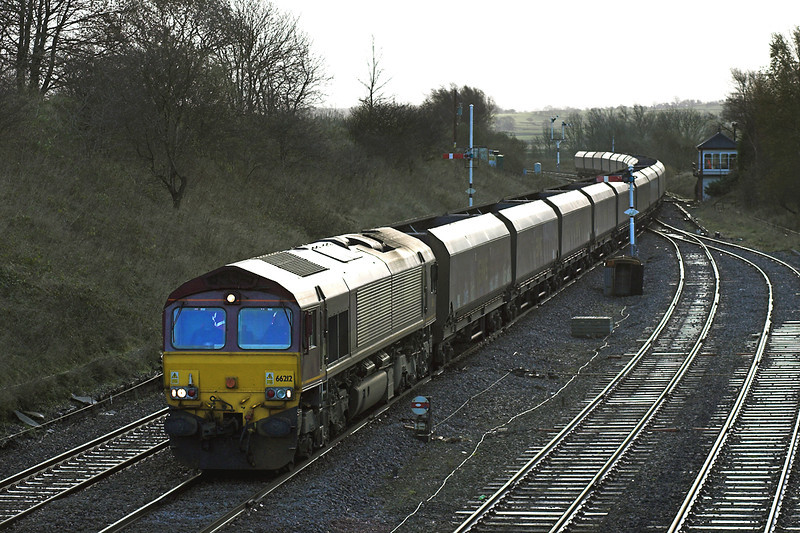 66212 Settle Junction 24/11/2005<br /> 6S18 0958 Milford Sidings-Falkland Yard