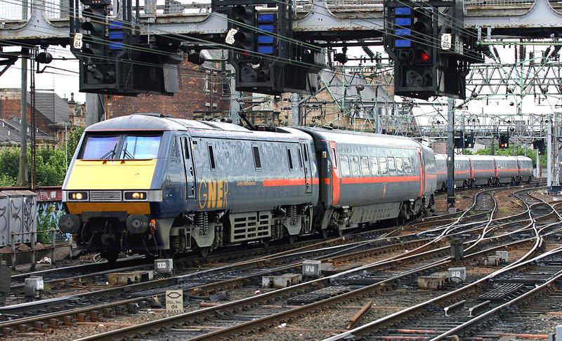 91131 Glasgow Central 25/7/2005<br /> 1S02 0615 Doncaster-Glasgow Central