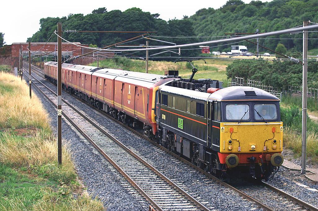 87019, 325012 and 325005, Woodacre 25/7/2005<br /> 1M44 1531 Shieldmuir-Warrington RMT