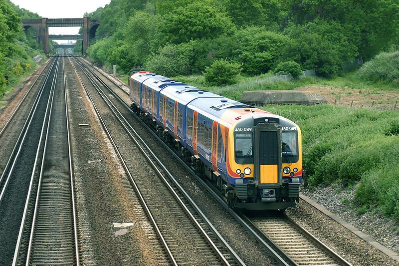 450089 Potbridge 26/5/2005<br /> 1B27 1039 London Waterloo-Southampton Central