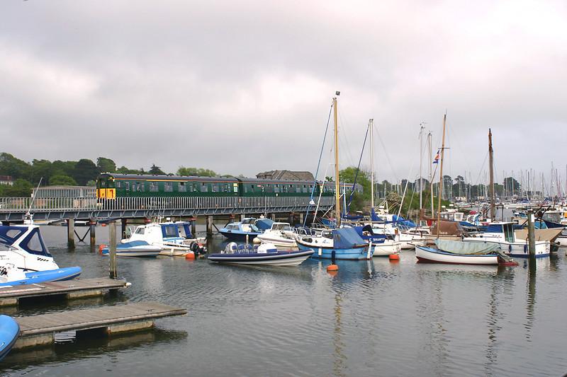 1498 Lymington 26/5/2005<br /> 1J44 1644 Lymington Pier-Brockenhurst