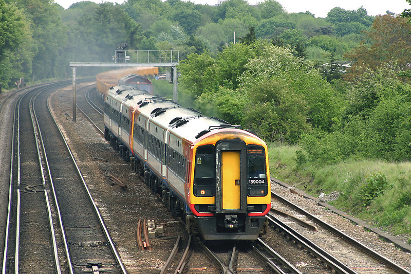 159004 and 159002, Worting Junction 26/5/2005<br /> 1L33 1220 London Waterloo-Plymouth