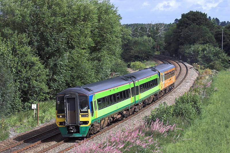 158850 and 153362, Dorrington 27/8/2005<br /> 1V77 0928 Manchester Piccadilly-Penzance