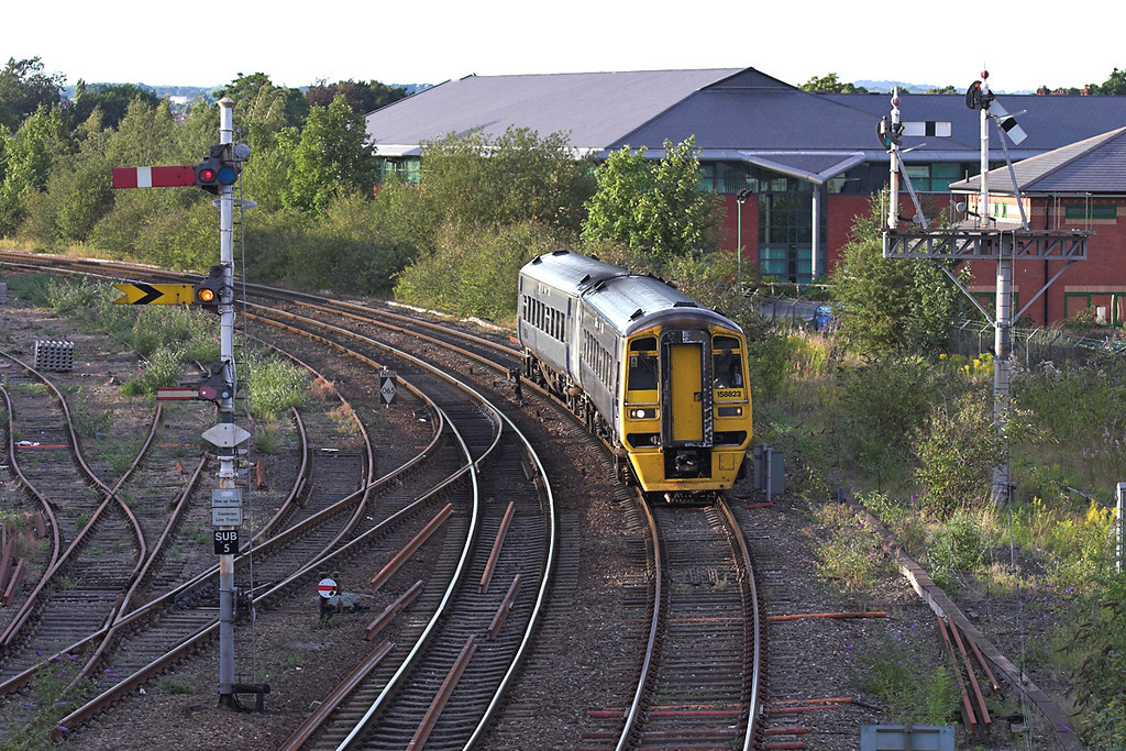 158823 Sutton Bridge Junction 27/8/2005<br /> 1V89 1728 Manchester Piccadilly-Cardiff Central