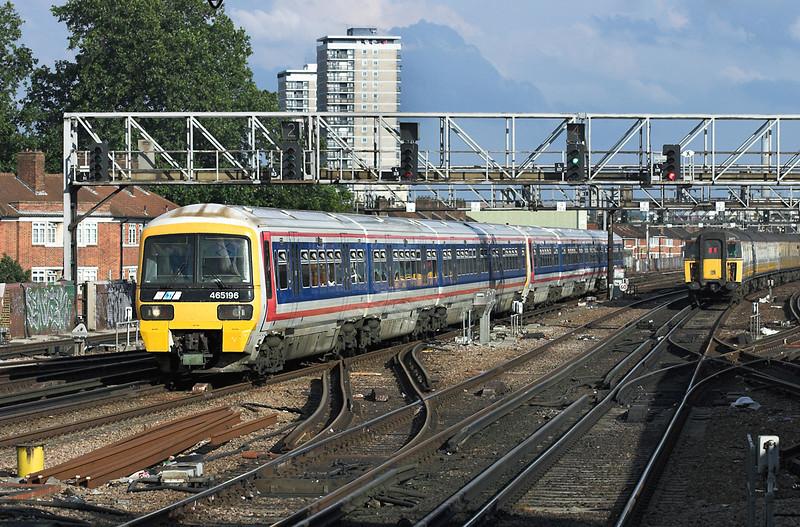 465196 and 465029, London Bridge 28/7/2005