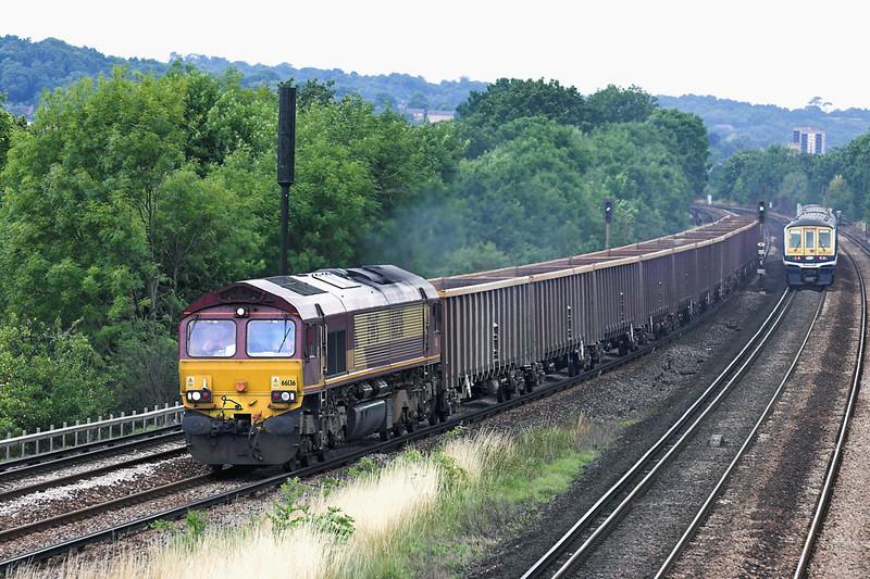 66136 Salfords 28/7/2005<br /> 6Y36 1040 Cliffe-Crawley