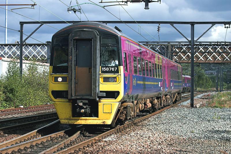 158767 Guide Bridge 29/9/2005<br /> 1P35 1108 Newcastle-Manchester Airport