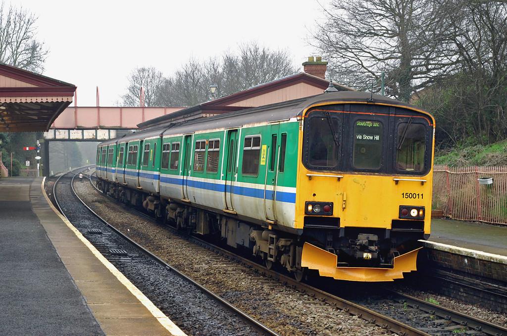 150011 Shirley 31/3/2005<br /> 2J37 1127 Stratford upon Avon-Stourbridge Junction