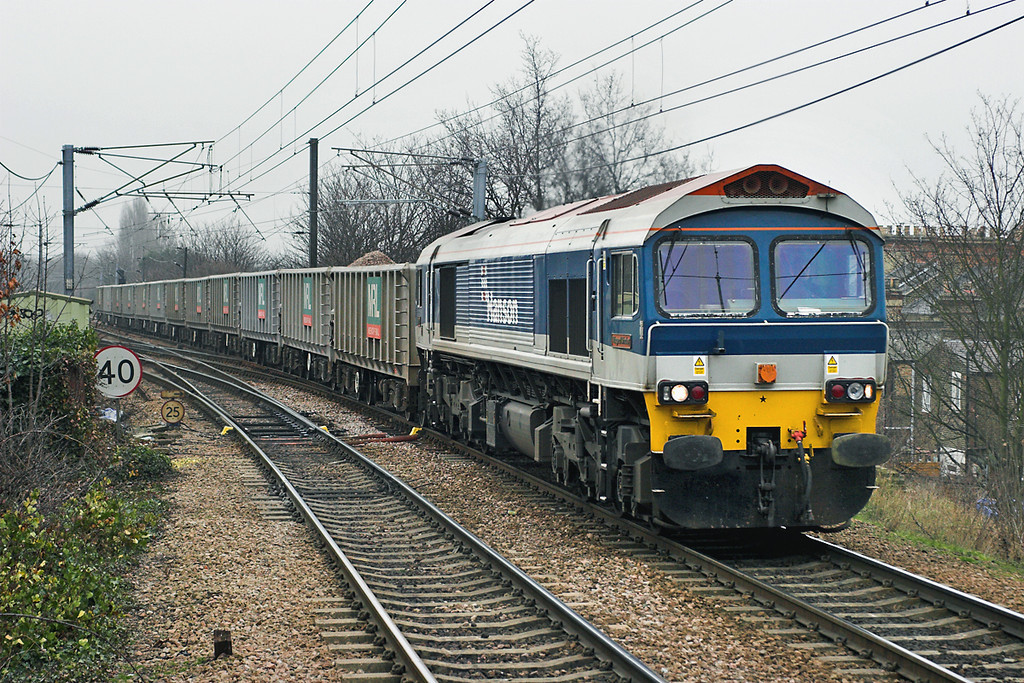 59101 South Tottenham 2/2/2006<br /> 6L52 0912 Acton Yard-Harlow Mill