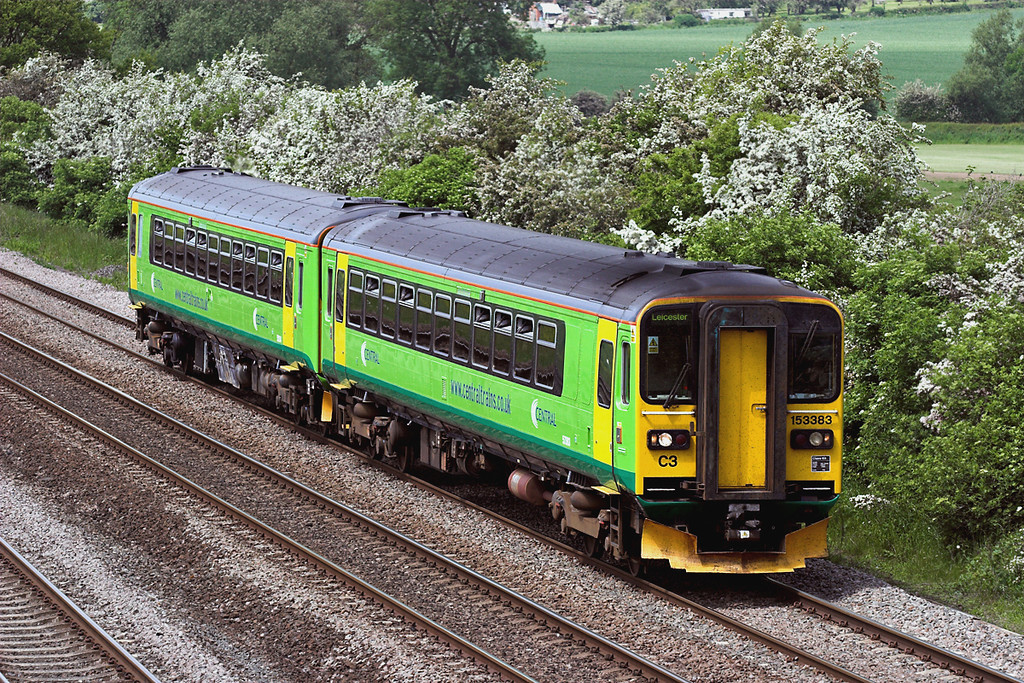 153383 and 153334, Cossington 2/6/2006<br /> 2M64 1231 Lincoln Central-Leicester