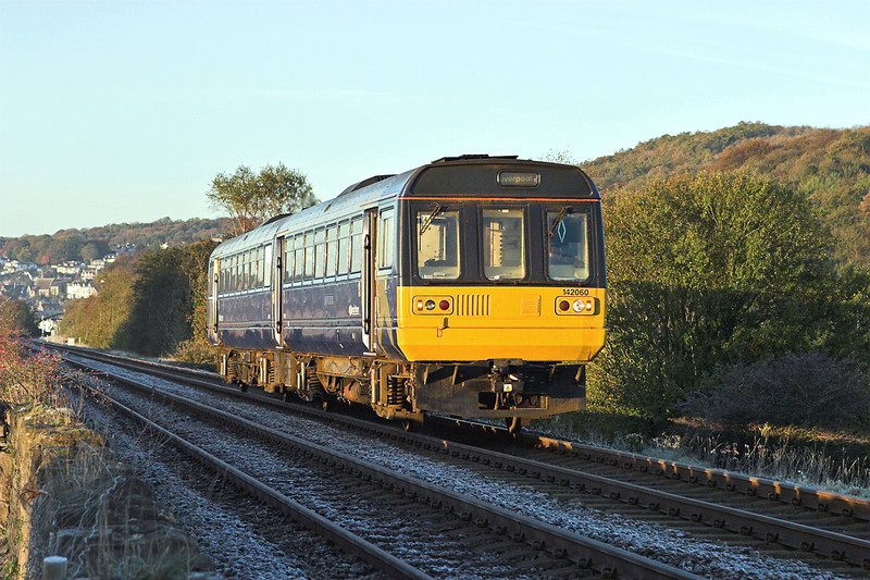 142060 Grange-over-Sands 3/11/2006<br /> 2F51 0717 Barrow in Furness-Liverpool Lime Street