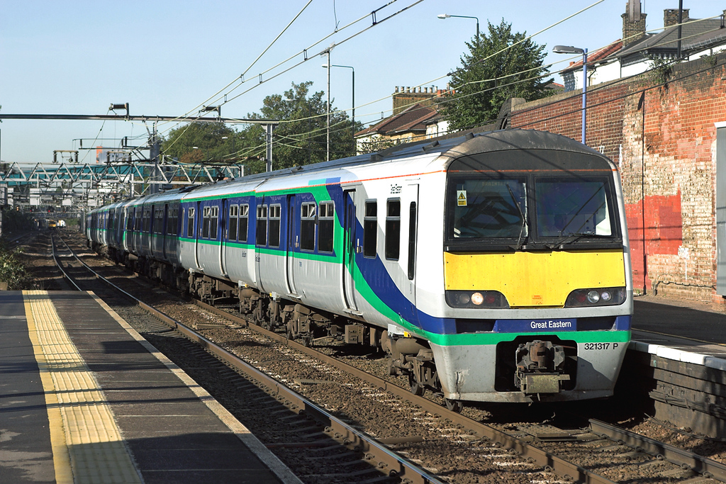 321317 and 321334, Forest Gate 4/10/2006<br /> 1F16 0948 London Liverpool Street-Braintree