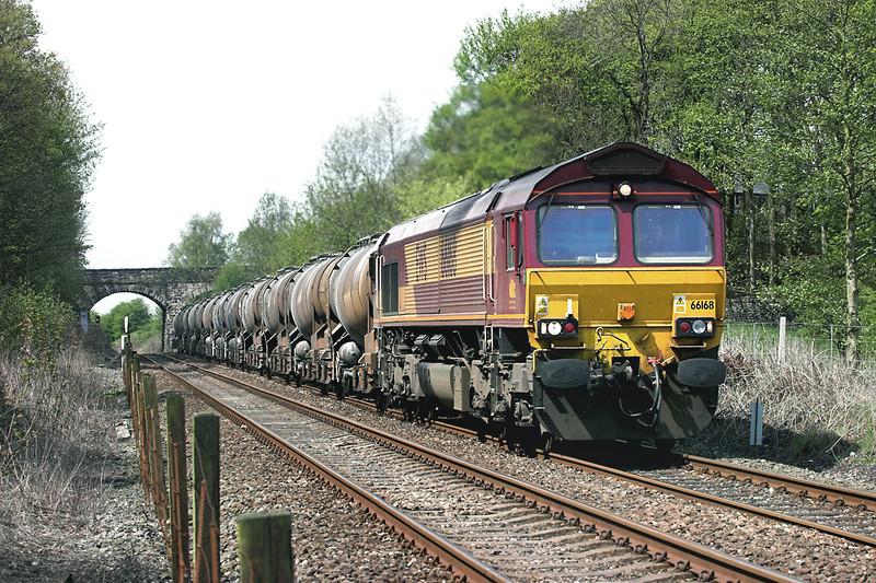 66168 Hoghton 6/5/2006<br /> 6M55 2227 Burngullow-Carlisle Yard