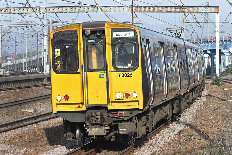 313026 Harringay 6/11/2006<br /> 2K10 0923 Welwyn Garden City-Moorgate