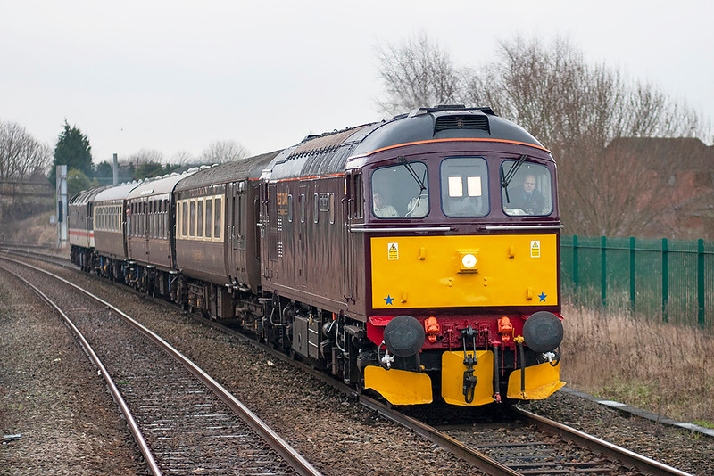 33207 and 47826 Lostock Hall 7/1/2006<br /> 1Z33 1230 Carnforth-Carnforth (via Hellifield, Blackburn)
