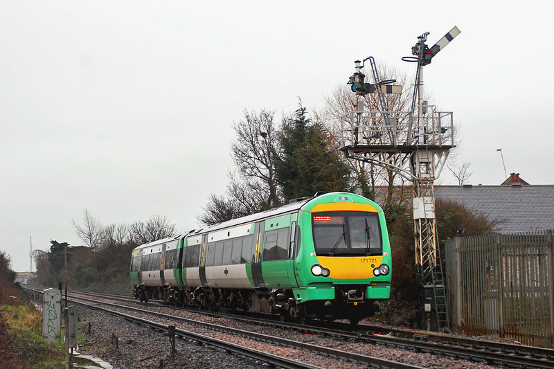 171721 Willingdon Junction 7/3/2006<br /> 1G26 1131 Ashford-Brighton