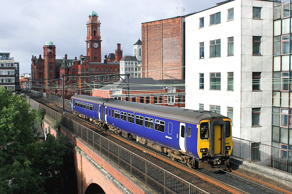 156426 Manchester 7/10/2006<br /> 2H04 0911 Blackpool North-Buxton