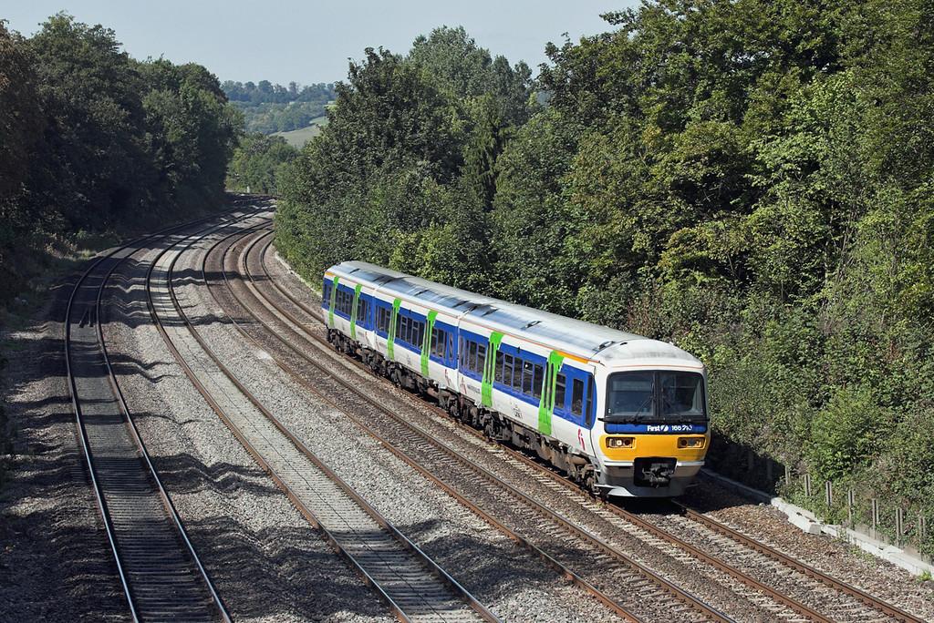 166210 Tilehurst 8/9/2006<br /> 2P53 1245 Oxford-London Paddington