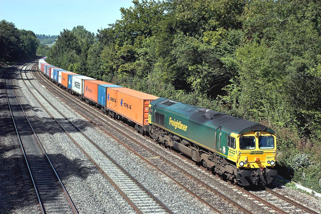 66577 Tilehurst 8/9/2006<br /> 4O54 0613 Leeds FLT-Southampton MT