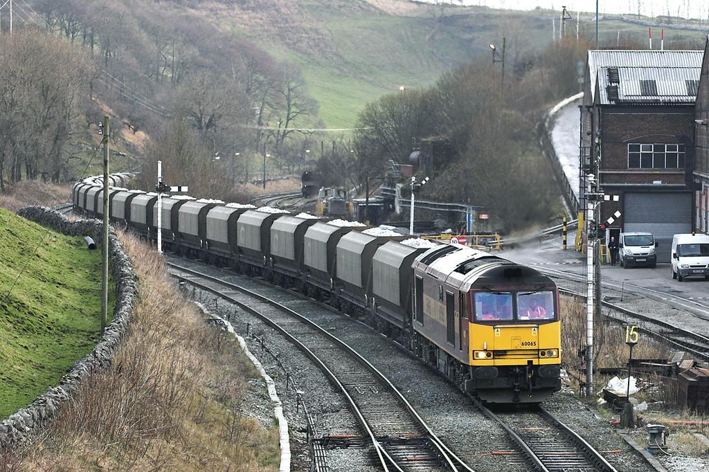 60065 Great Rocks Junction 12/1/2006<br /> 6F05 1535 Tunstead-Oakleigh