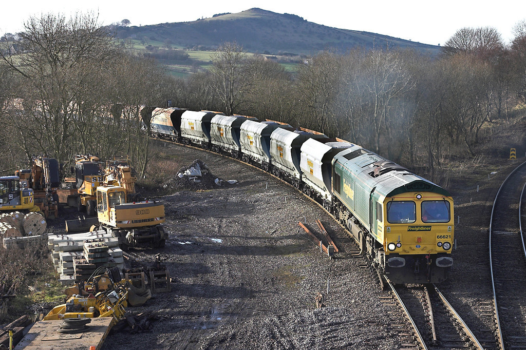 66621 Chinley East Junction 12/1/2006<br /> 6M85 1150 Tunstead-Ratcliffe PS
