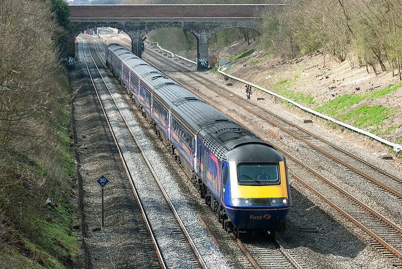 43091 and 43127, Ruscombe 12/4/2006<br /> 1L48 0930 Swansea-London Paddington