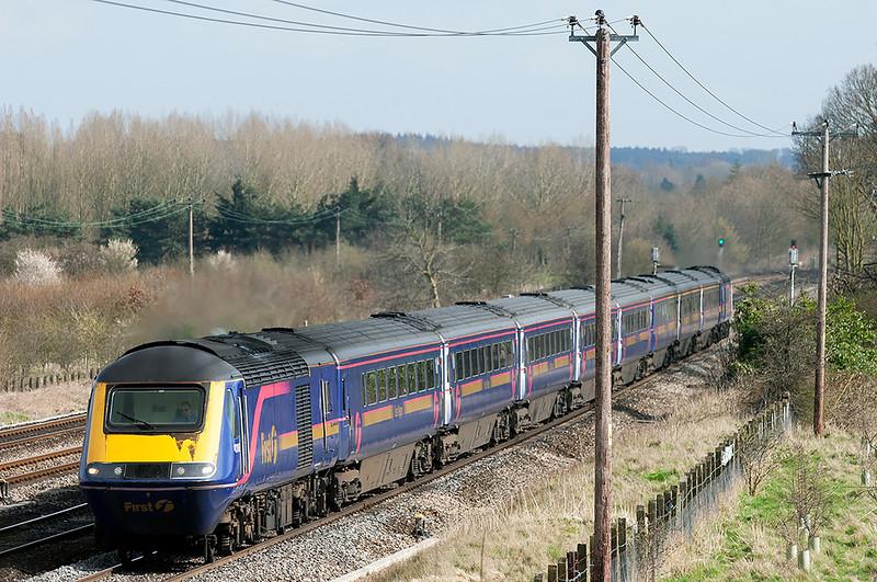 43162 and 43190, Lower Basildon 12/4/2006<br /> 1C48 1530 London Paddington-Bristol Temple Meads