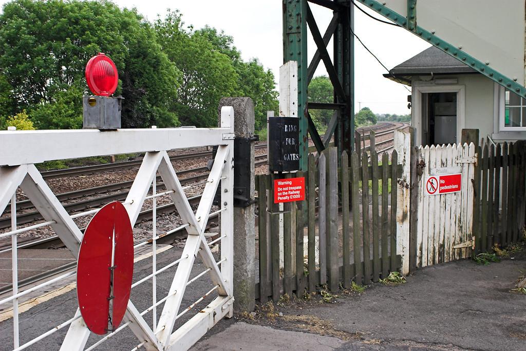 New Barnetby Level Crossing 13/6/2006