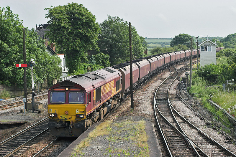 66086 Barnetby 13/6/2006<br /> 6C75 1035 Immingham Bulk Terminal-Scunthorpe