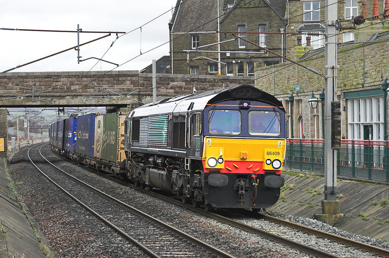 66409 Carnforth 14/2/2006<br /> 4M44 0821 Mossend-Daventry