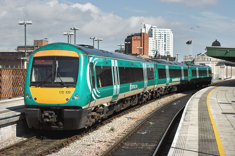 170109 Cardiff Central 14/4/2006<br /> 1M71 1445 Cardiff Central-Nottingham