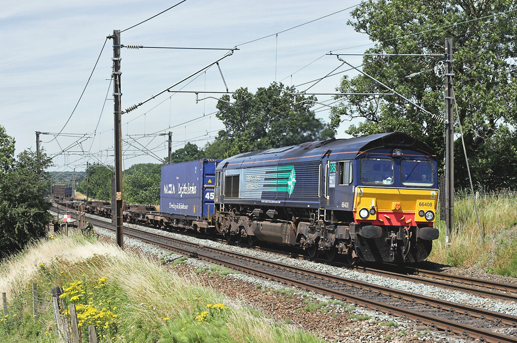 66408 Acton Bridge 14/7/2006<br /> 4M44 0821 Mossend-Daventry