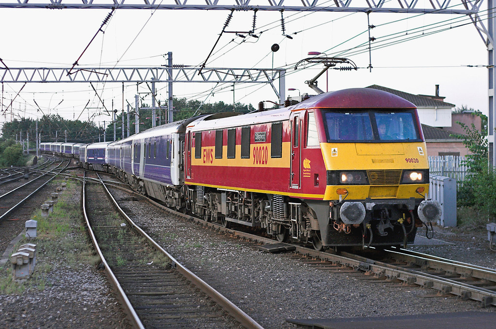90020 Carlisle 14/7/2006<br /> 1S26 2345 London Euston-Glasgow Central