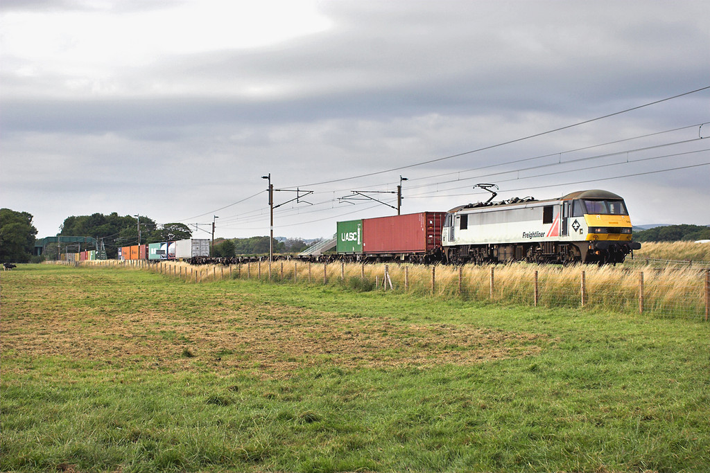 90049 Brock 14/8/2006<br /> 4M74 1410 Coatbridge-Basford Hall