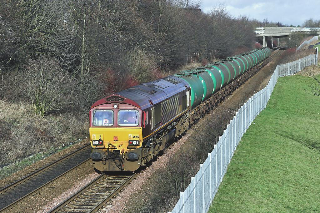 66105 Greenfaulds 15/2/2006<br /> 6D71 1221 Linkswood-Mossend Down Yard