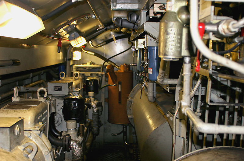 J: Machinery Compartment, looking from No.1 cab. (Bottom left) Compressor, (bottom centre) hydrostatic oil tank, (bottom right) air tanks