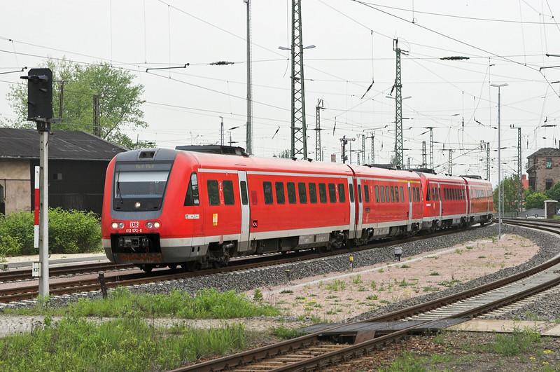 612072 612116 Zwickau Hbf 17/5/2006<br /> IRE17044 0913 Dresden Hbf-Hof Hbf