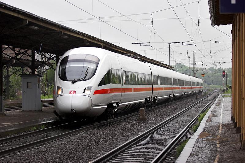 411102 Leipzig Leutzsch 18/5/2006<br /> ICE1651 1224 Wiesbaden Hbf-Dresden Hbf