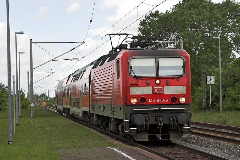 143943 Kötzschau 19/5/2006<br /> RB27714 1125 Weißenfels-Leipzig Hbf